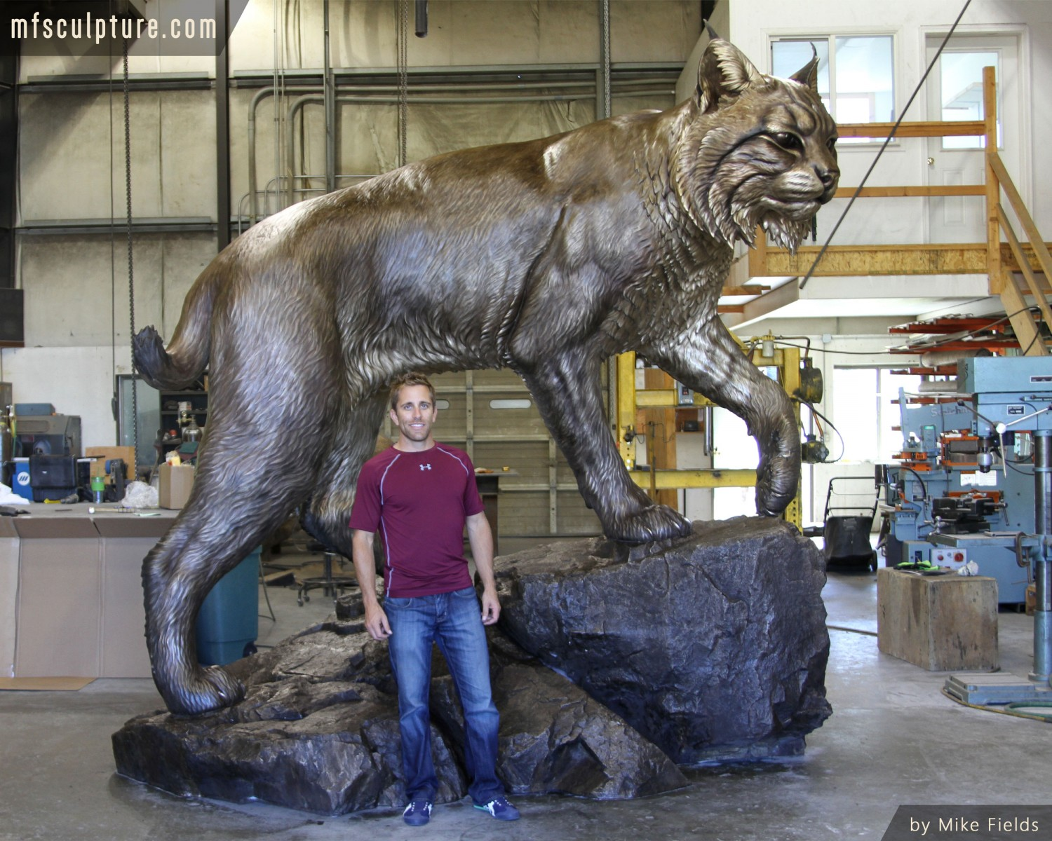 Johnson Wales University Monument Wildcat Mascot Mike Fields e1414512634834