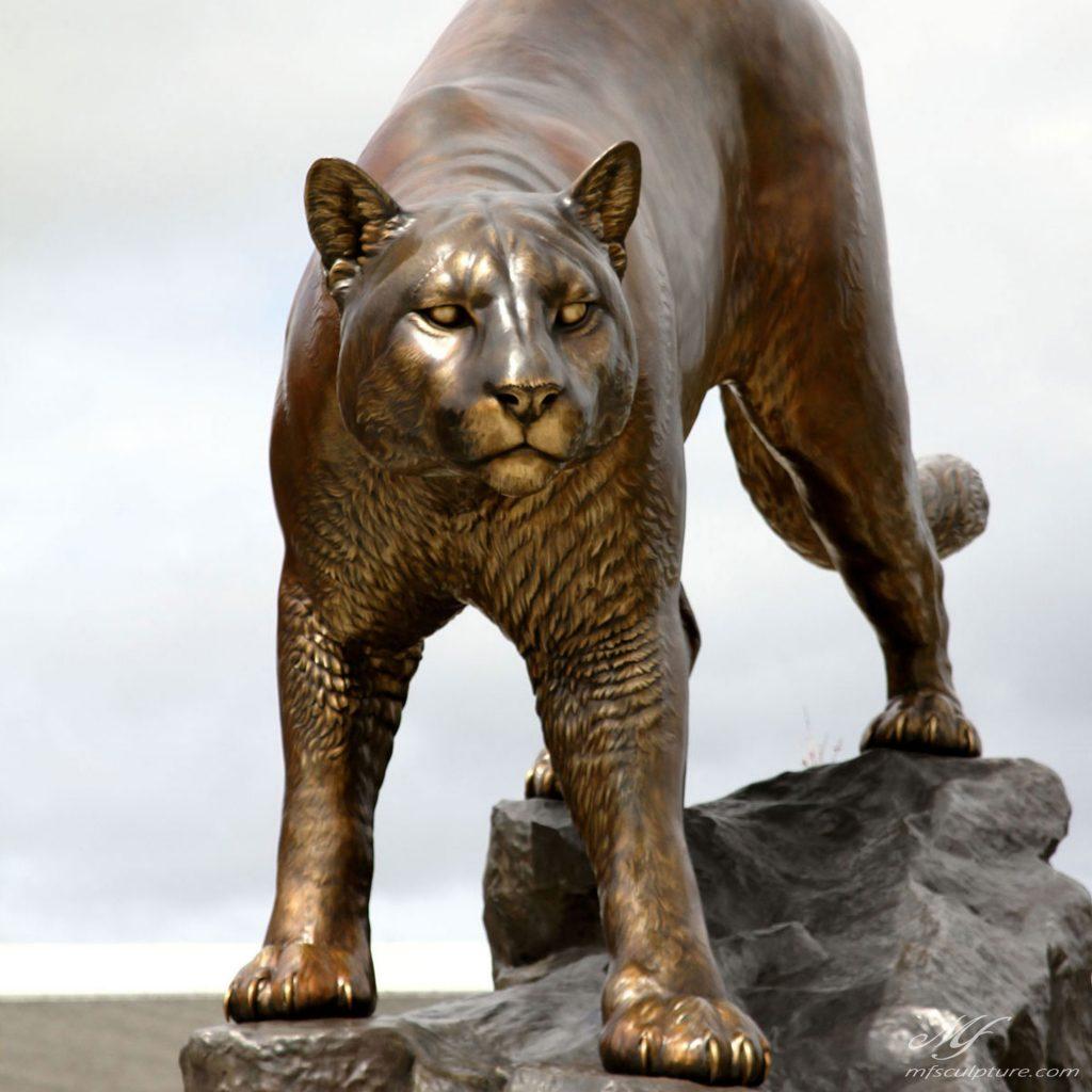 WSU University Mascot Sculpture 3