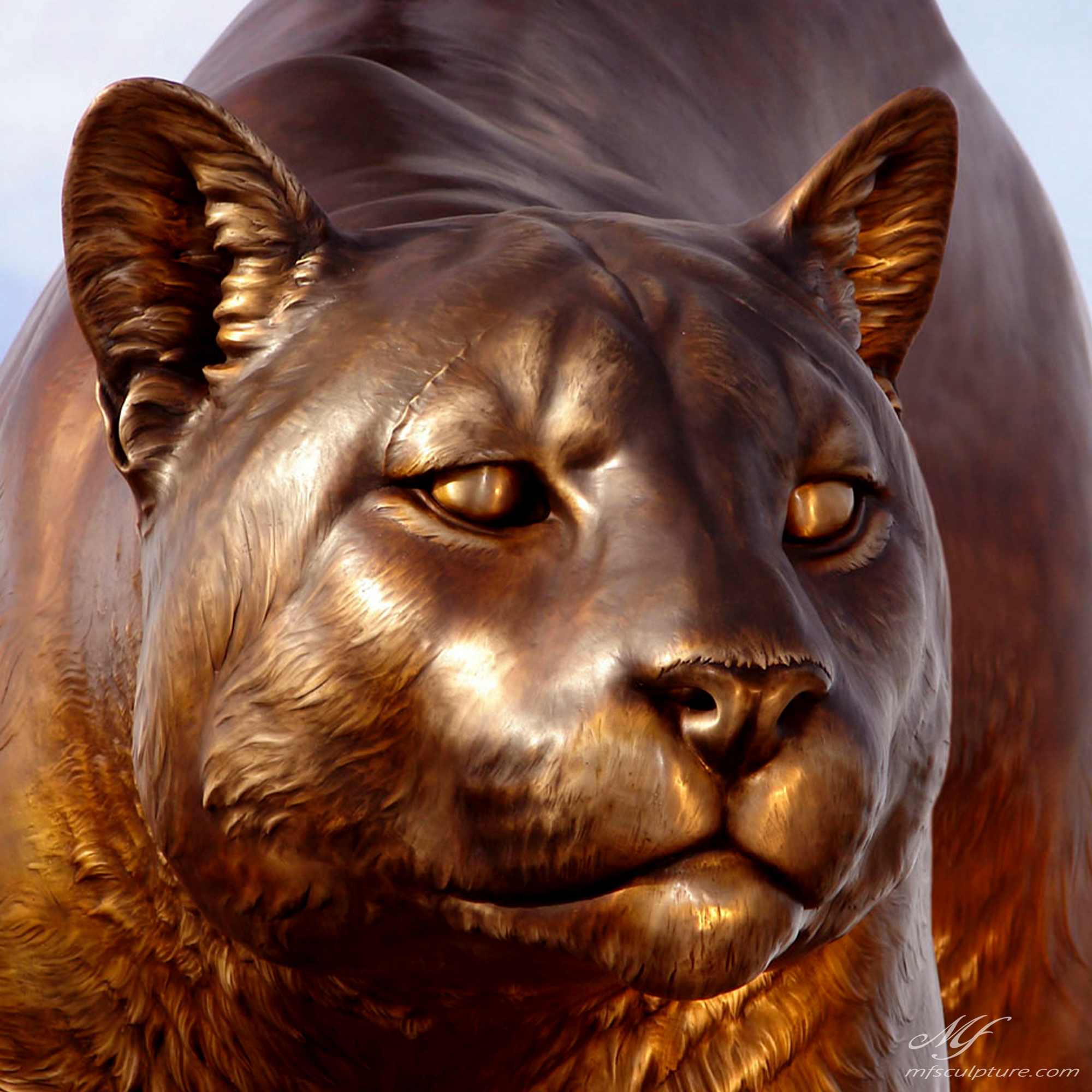 WSU University Mascot Sculpture2